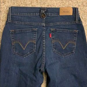Levi's Perfectly Slimming Flare Stretch Jeans Sz 4